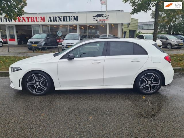 Mercedes-Benz A-klasse 180 d AMG Panodak Amg! Vol opties!