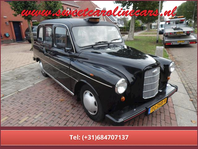 Carbodies TAXI/HIRE CAR occasion - Sweet Caroline Cars