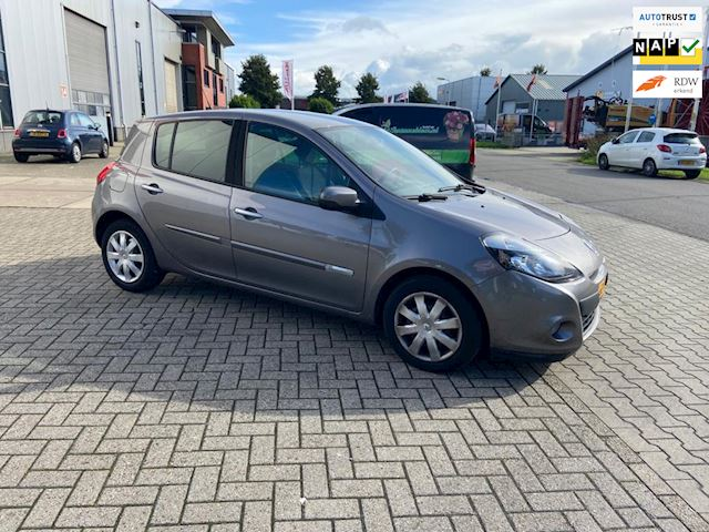 Renault Clio 1.5 dCi Collection/5 drs/airco/154000 km/nap