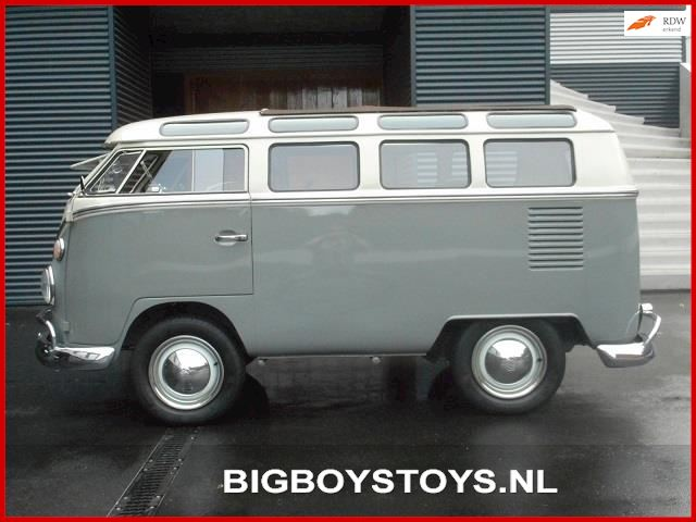 Volkswagen T1 Samba Shorty