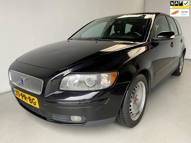 Volvo V50 2.0D Momentum Leer Climate+Cruise control Trekhaak