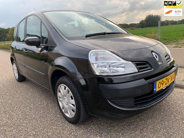 Renault Grand Modus 1.2 TCE Expression / 88.500 km nap!