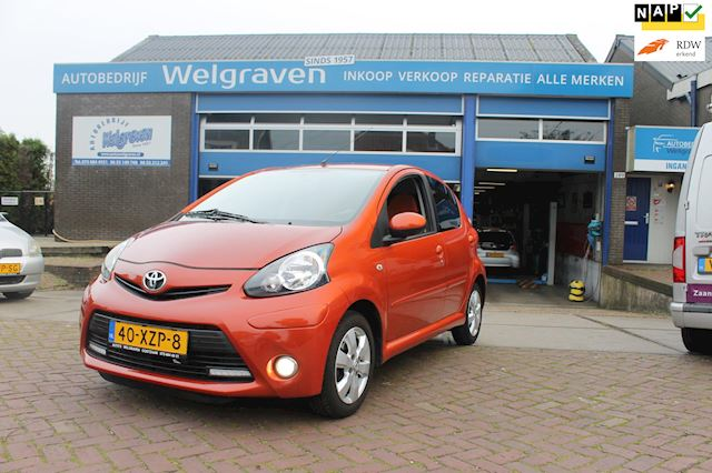 Toyota Aygo 1.0 VVT-i Dynamic Orange 5drs airco bleutooth facelift