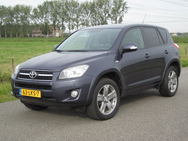 Toyota RAV4 2.2 D-CAT Executive BJ2010 ECC/NAVI/LEER/CAMERA