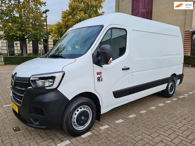 Renault Master 2.3 dCi 135 L2H2, Red Edition, Navi, Airco, PDC + Camera, Cruise Control