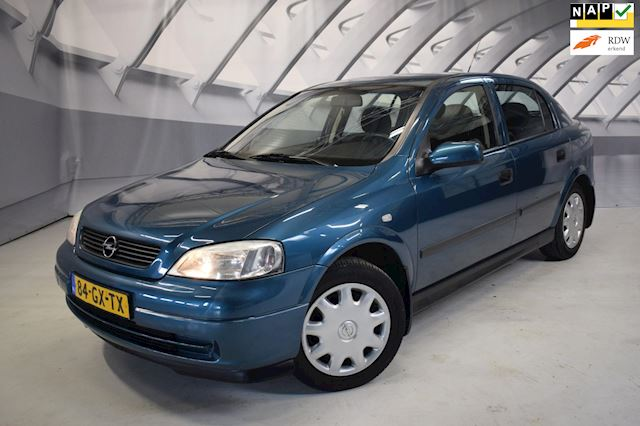 Opel Astra 1.6 Pearl trekhaak, airco, nette auto