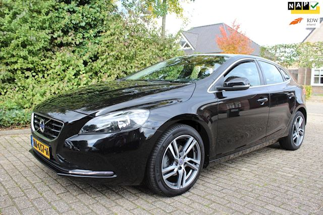 Volvo V40 2.0 D2 Summum Business