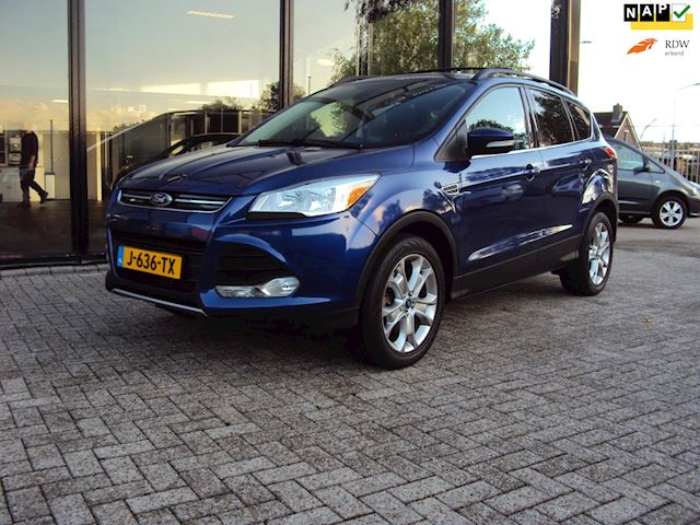Ford ESCAPE / KUGA