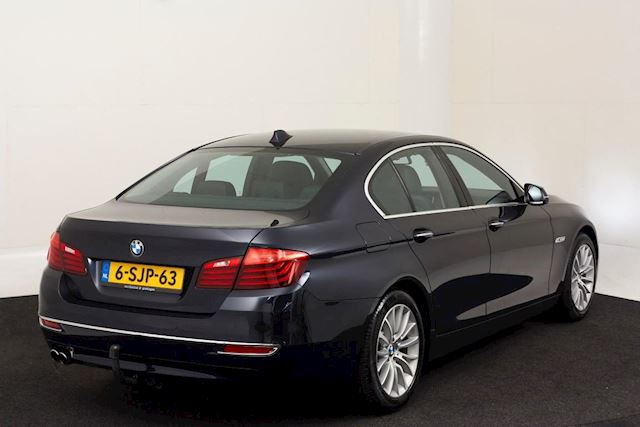BMW 5-serie 520d High Luxury Edition, nieuwstaat