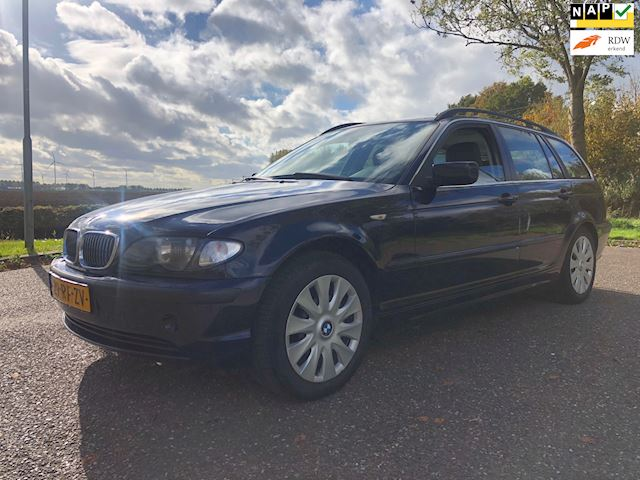 BMW 3-serie Touring 318i Special Edition LEER/NAVI/PDC/CLIMA