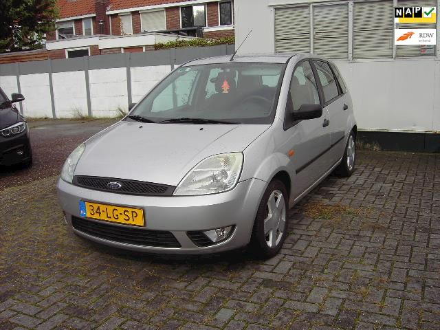 Ford Fiesta 1.4-16V First Edition