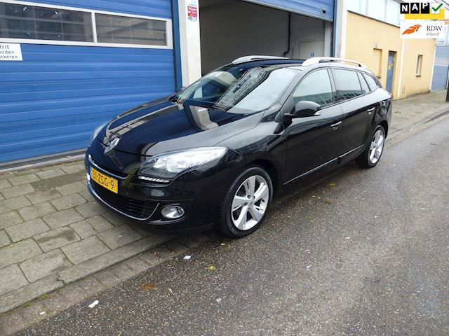 Renault Mégane Estate 1.5 dCi Collection Apk/Climate/Cruise/Navigatie/Boekjes/P.Sensoren/Trekhaak