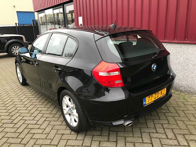 BMW 1-serie 116i Business Line Navigatie