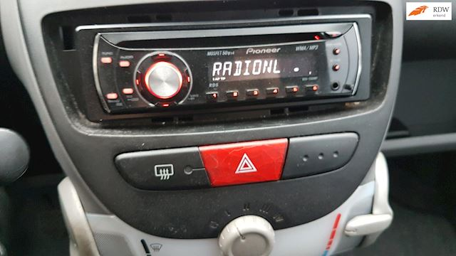 Citroen C1 1.0-12V Séduction- Radio/CD/MP3-Nieuwe APK April 2022