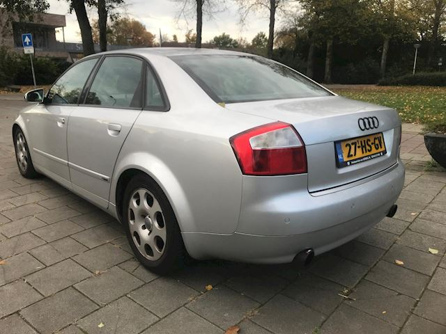 Audi A4 2.4 Exclusive