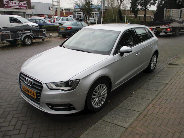 Audi A3 Sportback 1.4 TFSI Attraction Pro Line