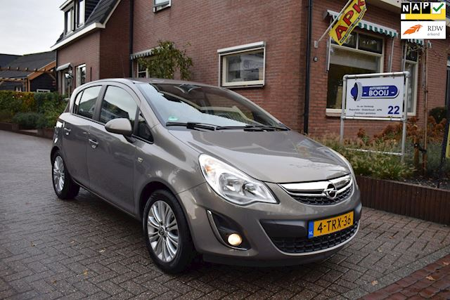 Opel Corsa 1.4-16V Cosmo/AIRCO/NAVI/CRUISE/PDC/16 INCH/NETTE STAAT