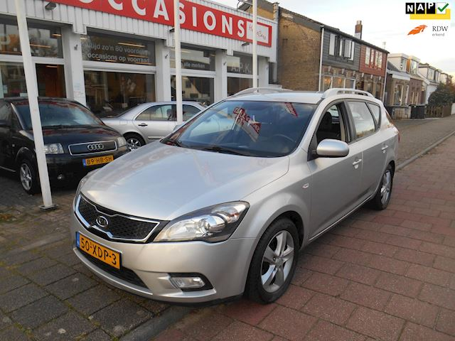 Kia Cee'd Sporty Wagon 1.4 CVVT Navigator Plus Pack