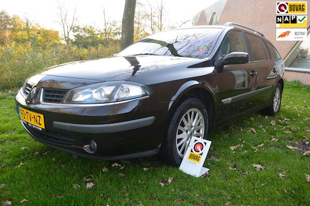 Renault Laguna Grand Tour 2.0-16V Business*airco-ecc*cruise*navigatie*xenon