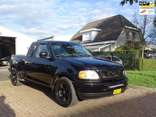 Ford FORD 150