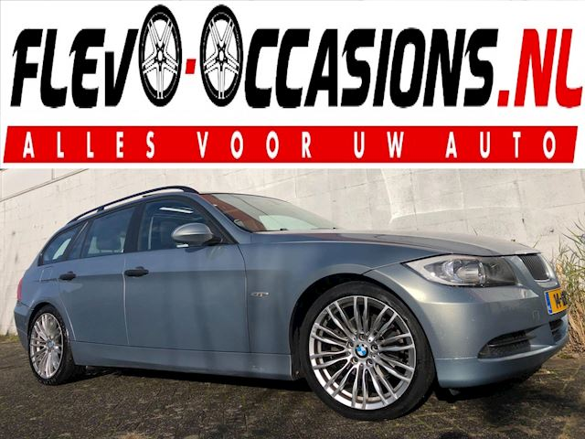 BMW 3-serie Touring 320i Dynamic Executive Automaat NAP APK PANO DAK Trekhaak Cruise Airco