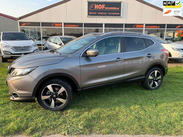 Nissan Qashqai 1.6 Connect Edition TEKNA PANO / NAVI / TREKHAAK