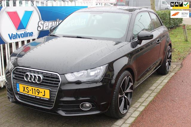 Audi A1 1.2 TFSI Attraction Pro Line Business, airco, nieuwe lichtmetalen wielset 19 inch