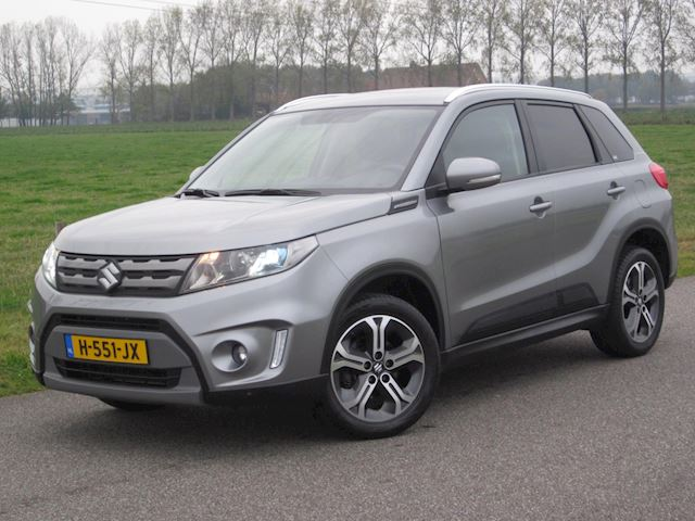 Suzuki Vitara 1.6 High Executive ECC/LEDER/LED/NAVIG/TREKHAAK