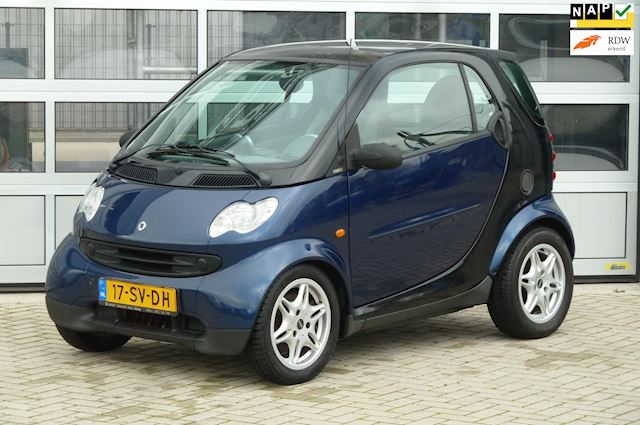 Smart Fortwo coupé 0.7 pure bj.2006 Semi autom|Lage km's.