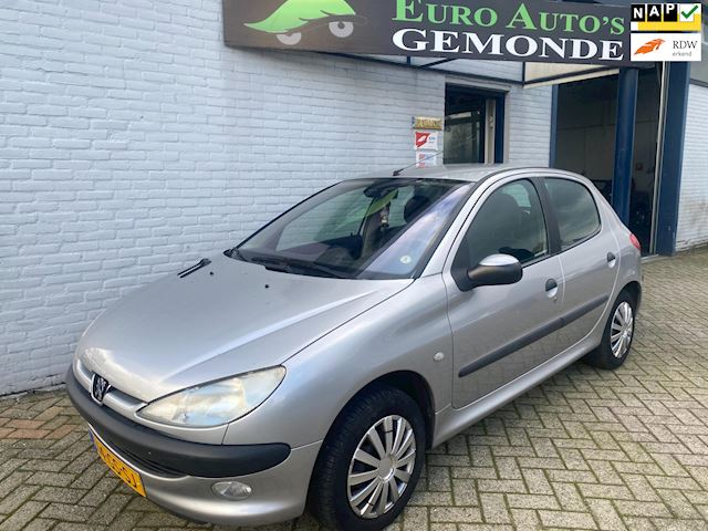 Peugeot 206 1.4 Gentry in top staat orgineel 96982 km nap clima airco