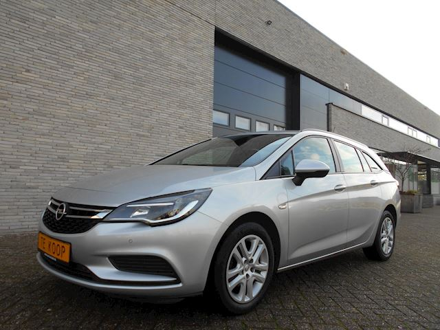 Opel Astra 1.0 Turbo Edition 105PK NAVIGATIE|APPLE-CARPLAY |STOEL+STUURVERWARMING|ANDROID|PARKEERSENSOREN|CRUISE-CONTROL|CLIMA