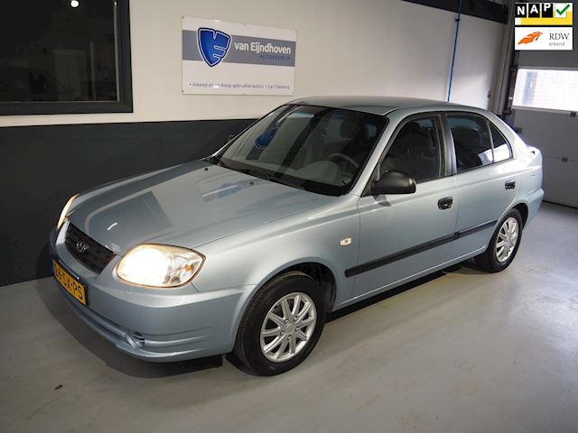 Hyundai Accent 1.3i Active Young Airco  5drs