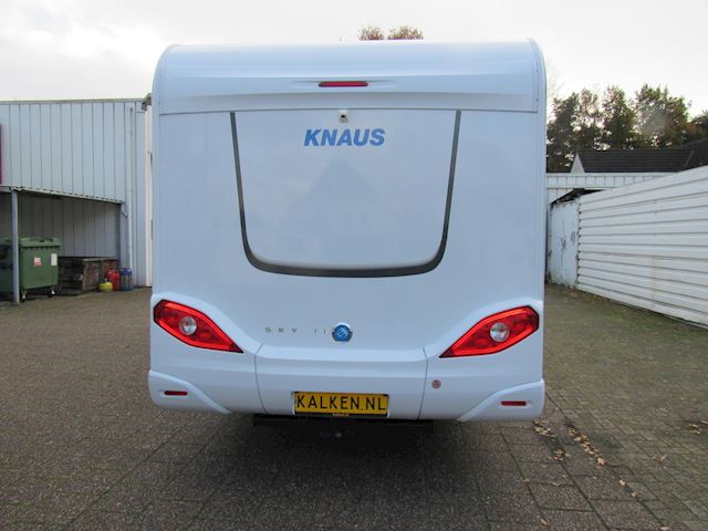 Knaus Silver selection Sky 650 MF Semi-integraal bj2016