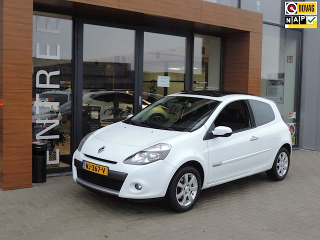 Renault Clio 1.2 TCe Expression 115.000km | Panodak | Stoelverw | Cruise contr | Airco