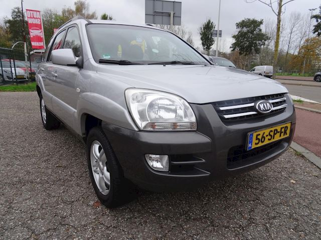 Kia Sportage 2.0 CVVT Executive CRUISE CONT NAVI IN RADIO