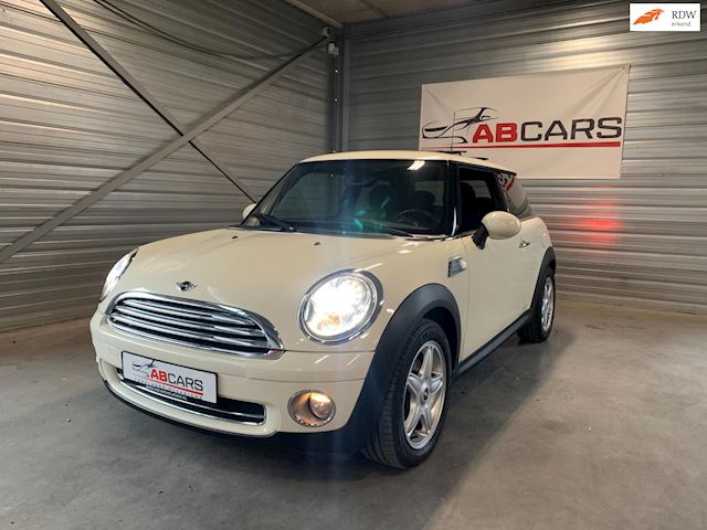 Mini Mini 1.6 Cooper Pepper White