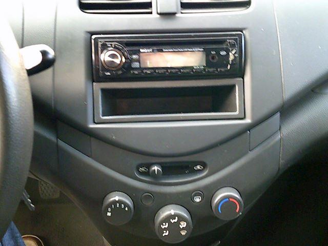 Chevrolet Spark 1.0 16V L