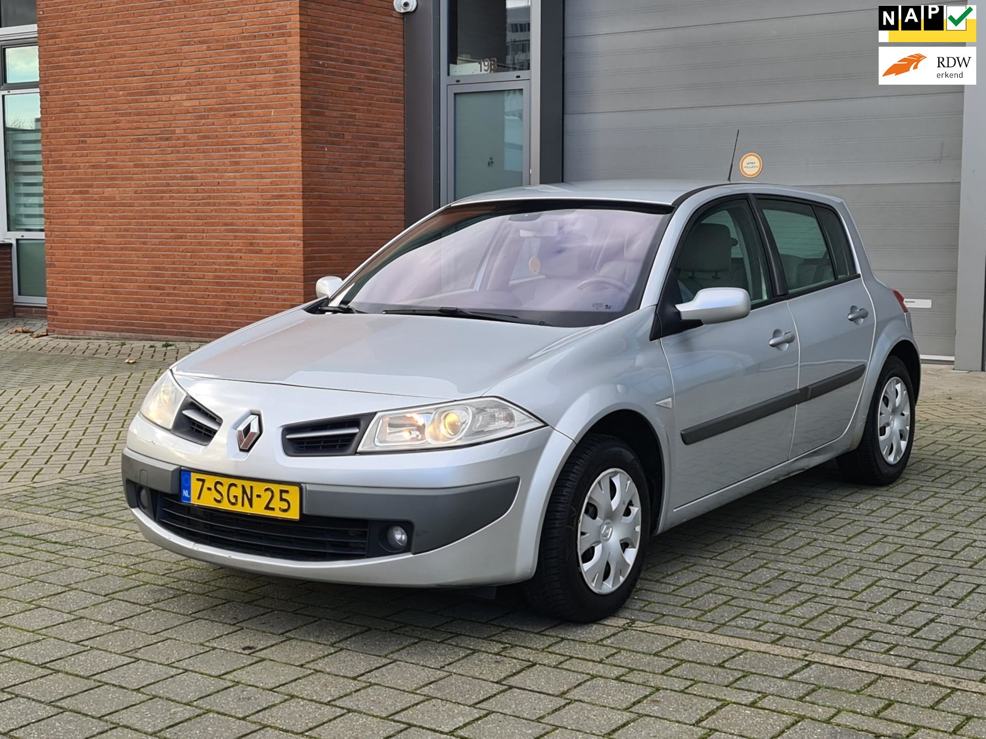 Renault Mégane occasion - Staal Cars