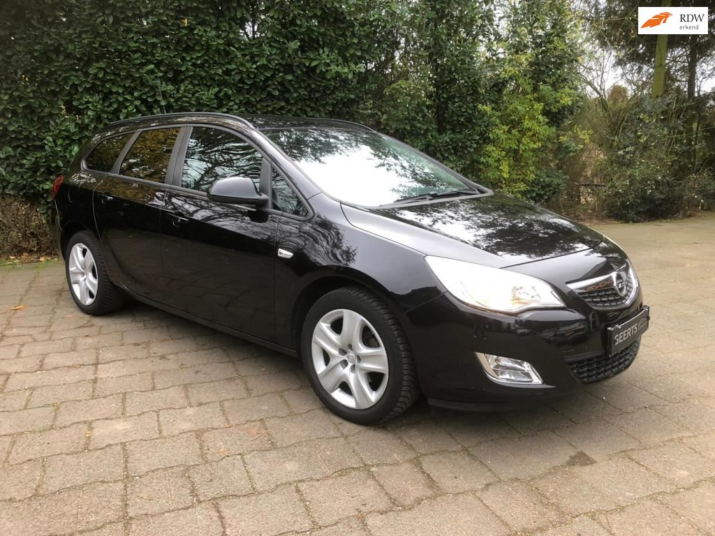Opel Astra Sports Tourer occasion - Geerts automobielen