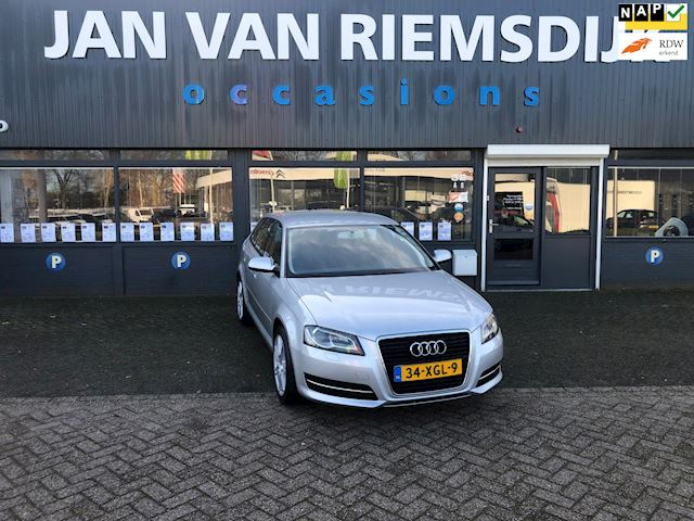 Audi A3 Sportback 1.6 TDI Attraction Advance AUDI A3 1.6 TDI SPORTBACK AUTOMAAT 2012 7595 EU