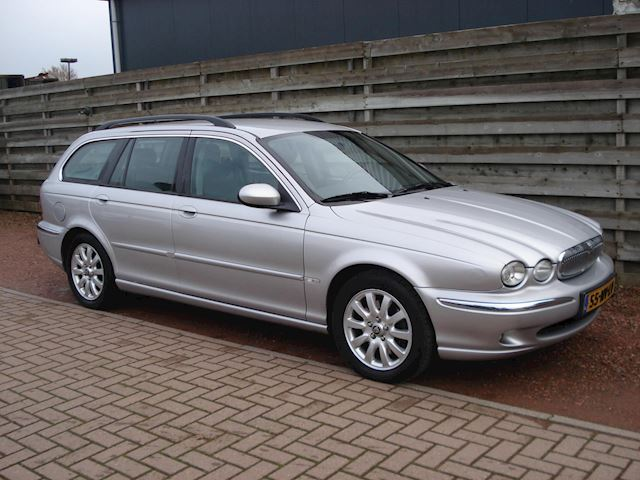 Jaguar X-type Estate 2.5 V6 Executive Aut. LPG-G3