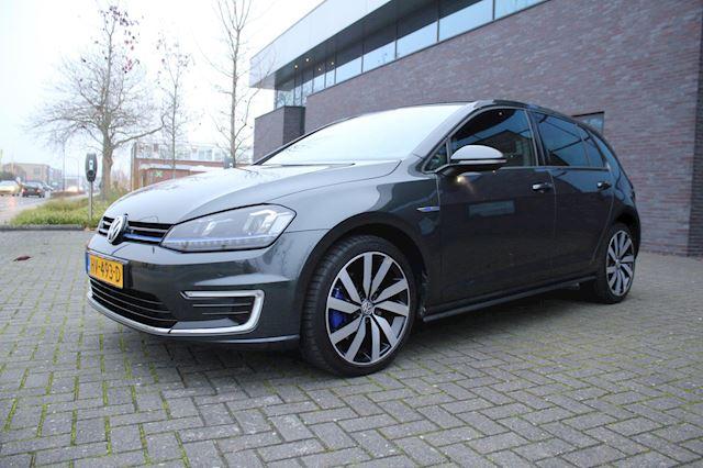 Volkswagen Golf 1.4 TSI GTE panoramadak Automaat