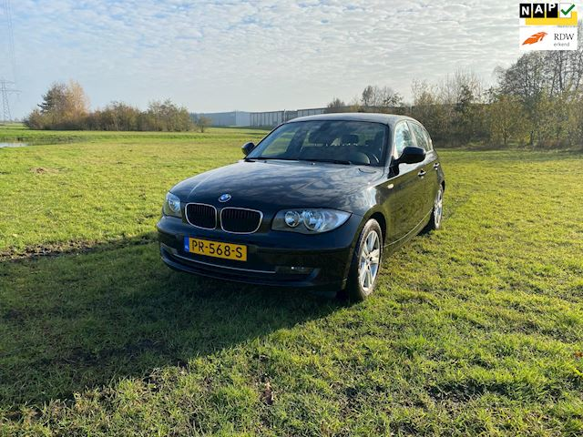BMW 1-serie 116i Airco, cruise, mooie auto