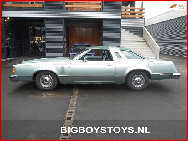 Ford USA Thunderbird 5.0 V8