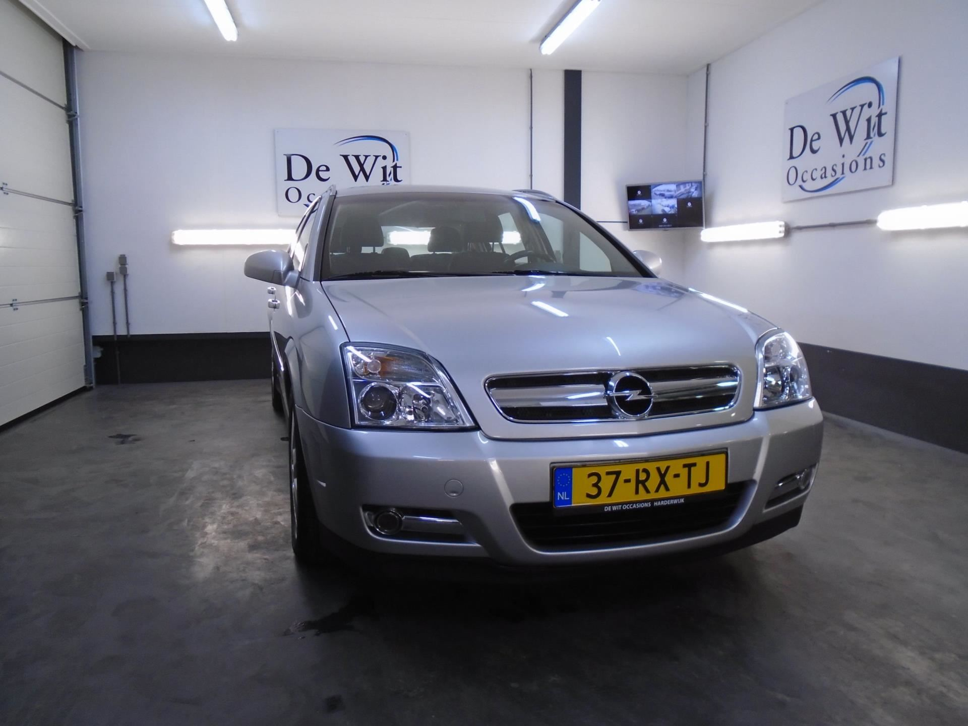 Opel Signum occasion - De Wit Occasions