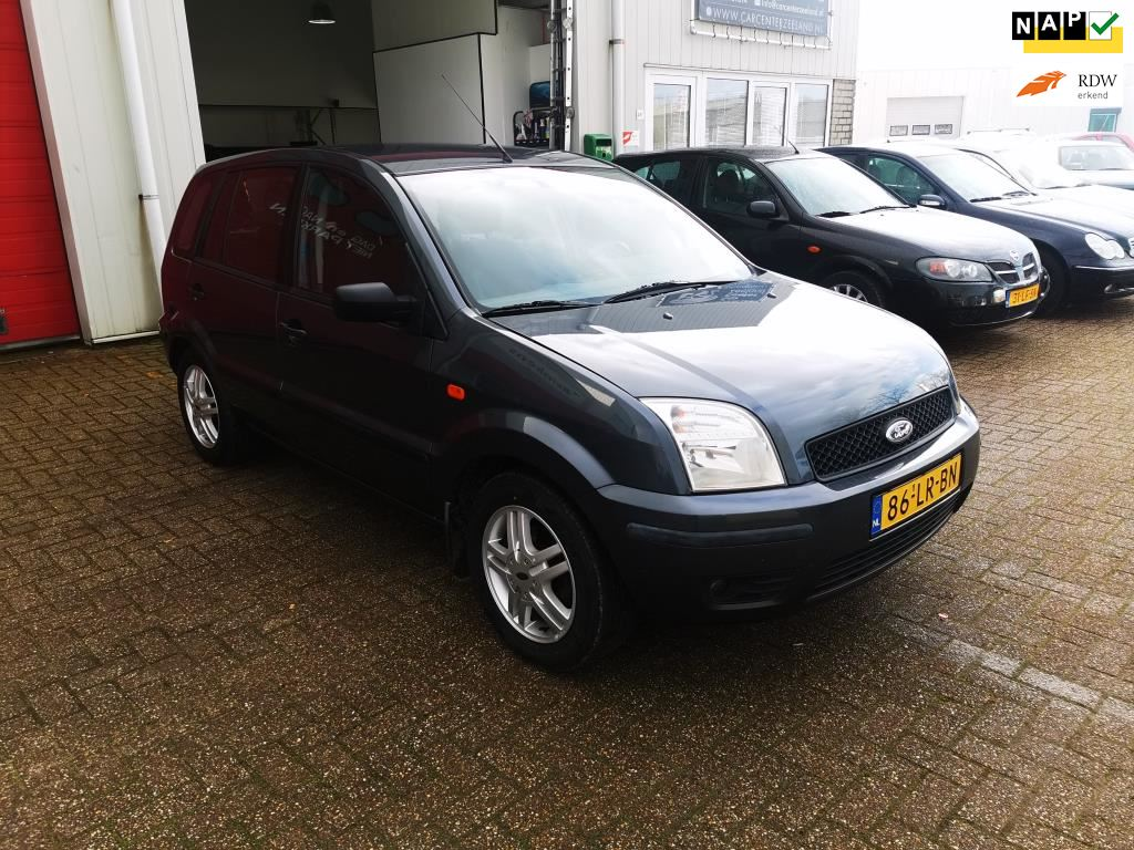 Ford Fusion occasion - Car Center Zeeland