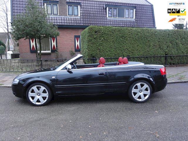 Audi S4 Cabriolet 4.2 V8 Aut  Quattro Lees omschrijving