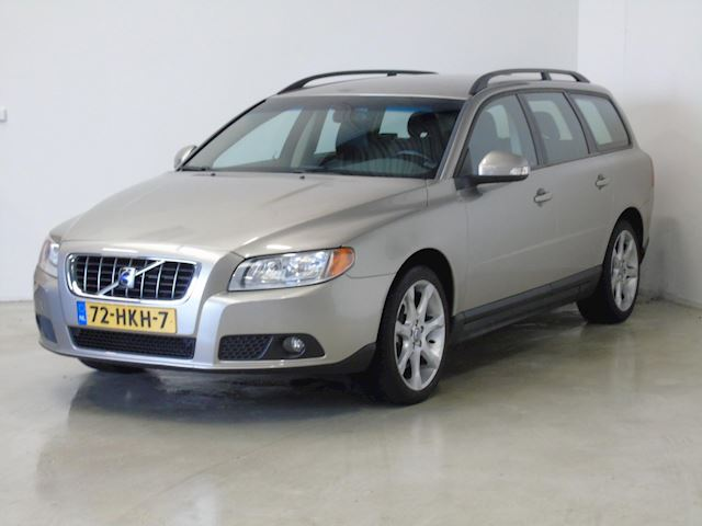 Volvo V70 2.5T Kinetic Leer (bj 2009)