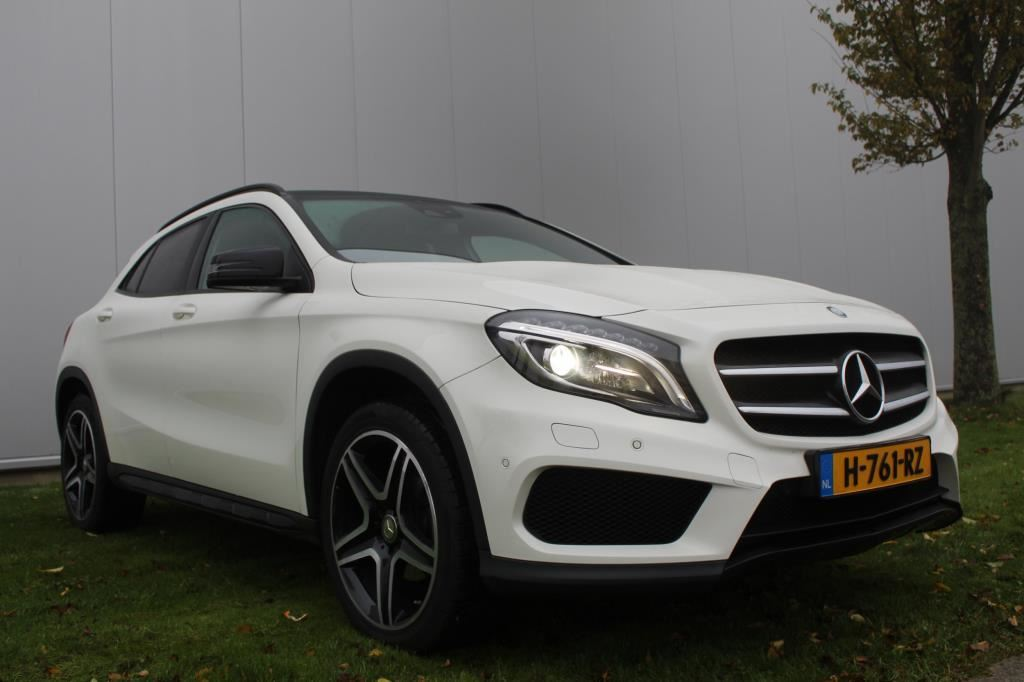Mercedes-Benz GLA-klasse occasion - Elbay Auto & Bandenservice