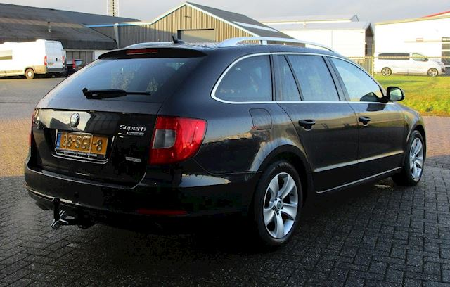 Skoda Superb Combi 1.6 TDI Greenline Ambition Business Line